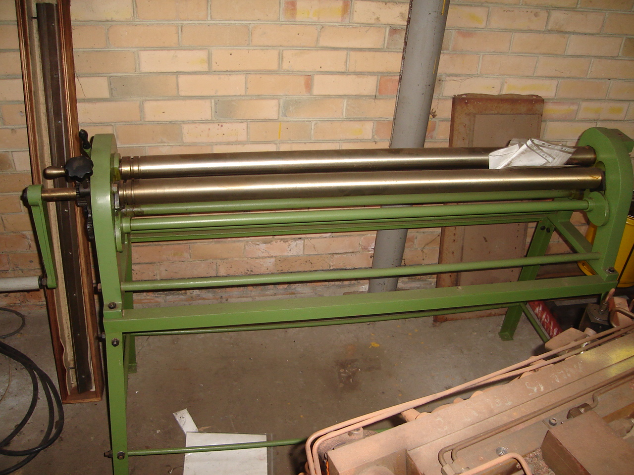 Sheetmetal Guillotine Folder And Rolls From Apex Machinery